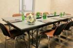 Для блестящего проведения мероприятия – конференц-зал по спеццене!
